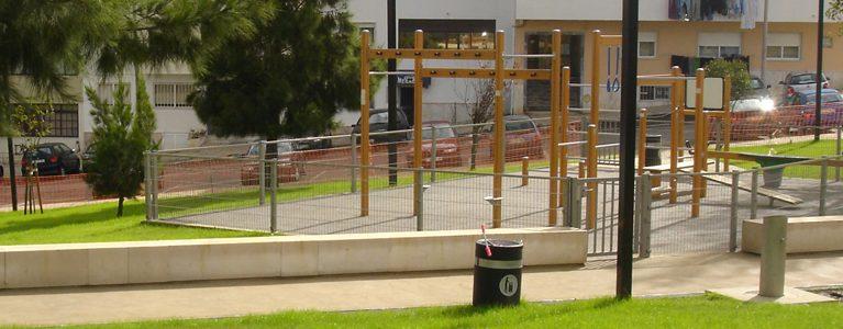 Parques Infantis e Áreas Adjacentes – Bairro de Ouressa, Algueirão 3